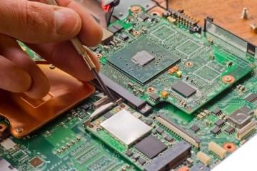 Reparatii placa de baza laptop